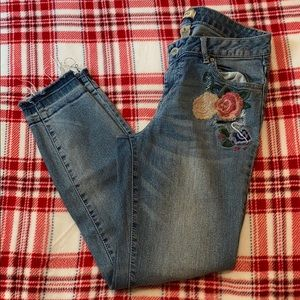 Blue spice size 9 ankle jeans